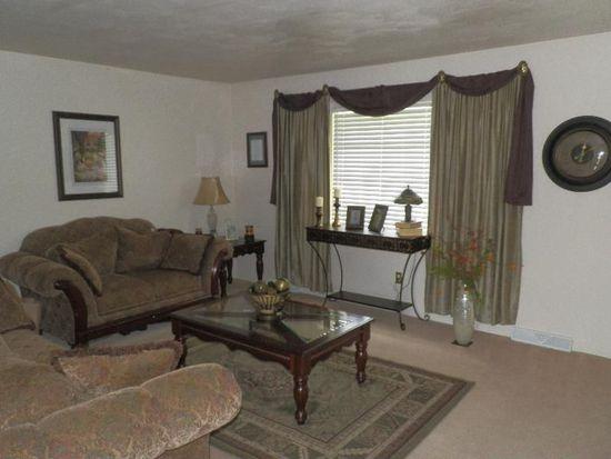 3050 Bandy Rd, Roanoke, VA 24014