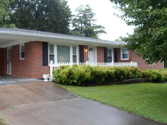 110 Lakeside Dr, Forest City, NC 28043