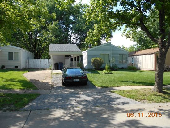3341 Mowing Green Dr, Florissant, MO 63031