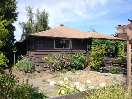 6327 45th Ave SW, Seattle, WA 98136