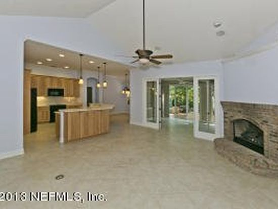 3380 Olympic Dr, Green Cove Springs, FL 32043