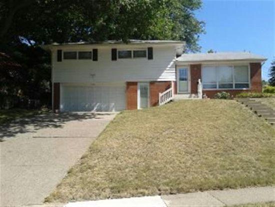 2506 E Pleasant St, Davenport, IA 52803