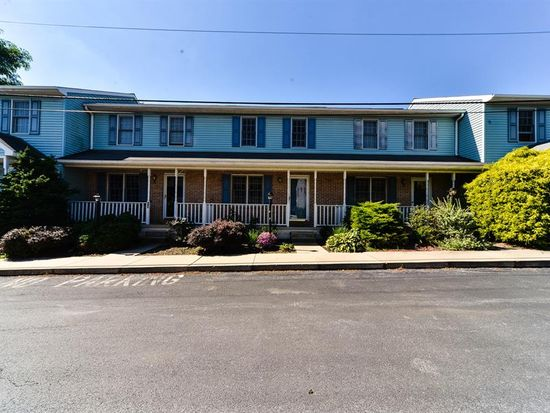 80 Diller Ave APT 15, New Holland, PA 17557