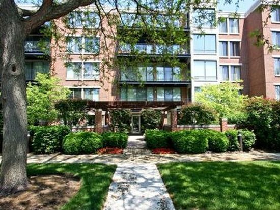 1633 2nd St APT 204, Highland Park, IL 60035