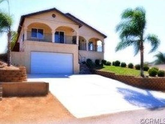 14045 Four Winds Dr, Riverside, CA 92503
