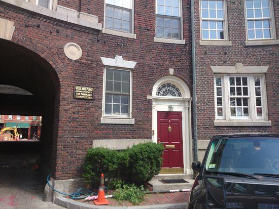 5 W Hill Pl APT 1, Boston, MA 02114