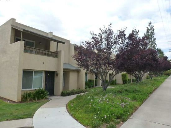 10575 Kerrigan Ct, Santee, CA 92071