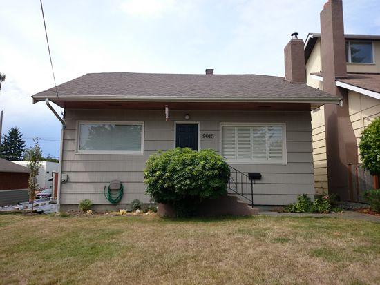 9015 36th Ave SW, Seattle, WA 98126