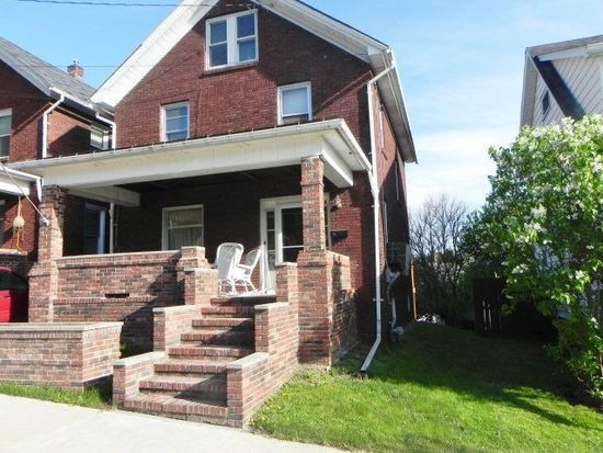 688 State St, Meadville, PA 16335