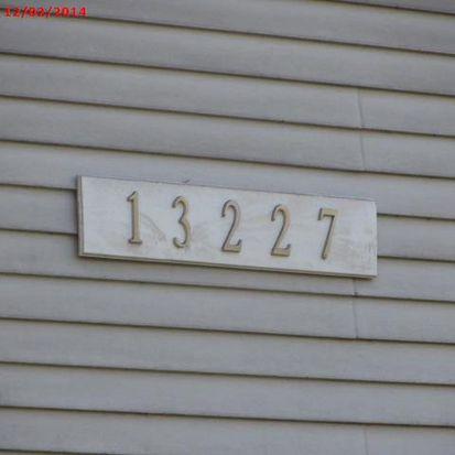 13227 35th Ave NE APT 4, Seattle, WA 98125