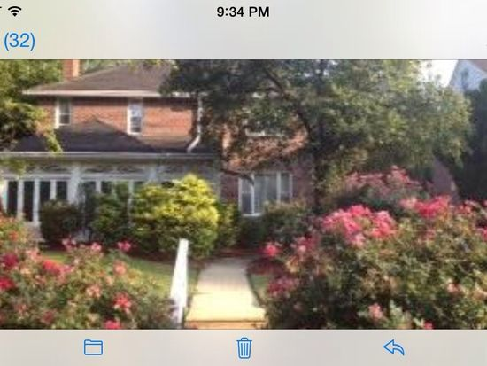 7017 Sherwood Rd, Philadelphia, PA 19151