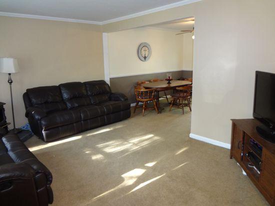 1461 Eggert Rd, Amherst, NY 14226