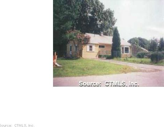 46 Ginger Dr, Groton, CT 06340