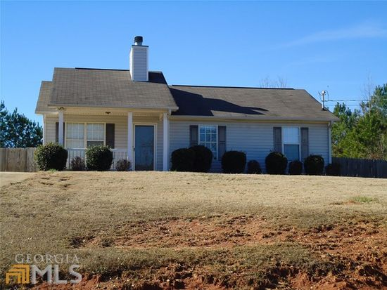 108 Yarmouth Ct, Lagrange, GA 30240