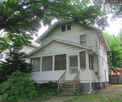 607 W 57th St, Ashtabula, OH 44004