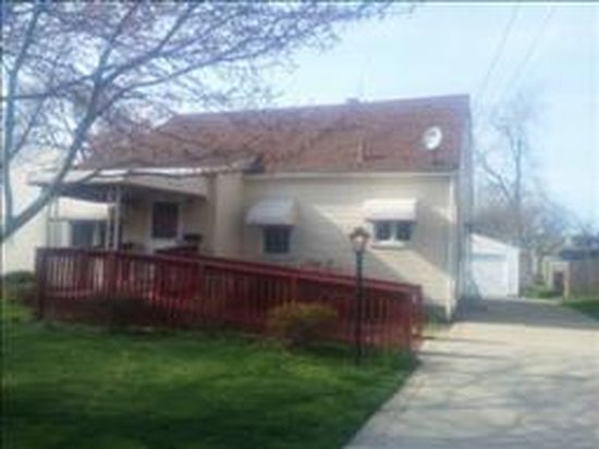 2613 Paxton Ave, Akron, OH 44312