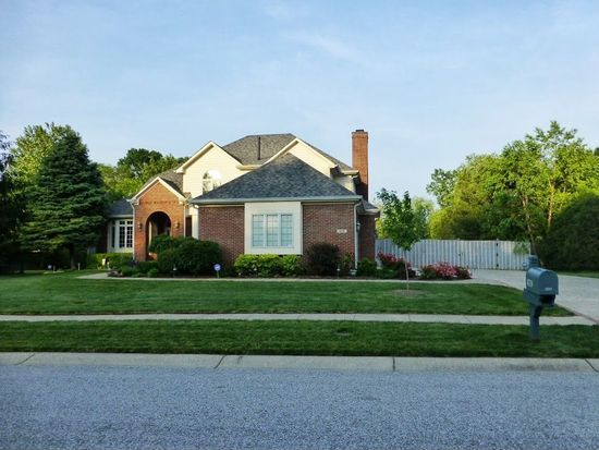 8719 Mariesi Dr, Indianapolis, IN 46278