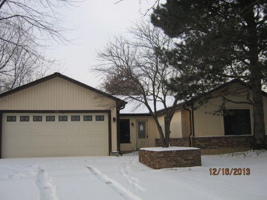 110 Wren Ct, Glendale Heights, IL 60139