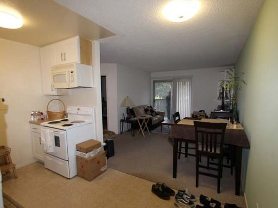 1126 Cherry Ave APT 21, San Bruno, CA 94066