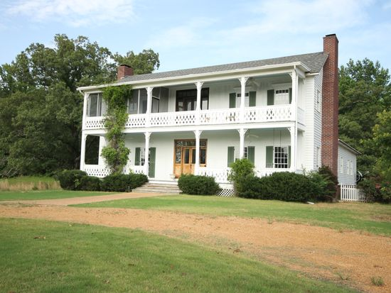 4003 Robison Rd, Water Valley, MS 38965