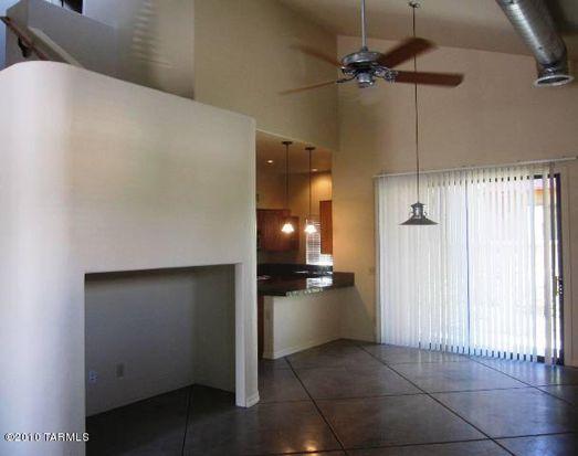 3062 N Presidio Park Pl, Tucson, AZ 85716