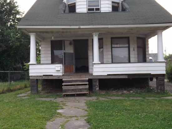 4112 E 71st St, Cleveland, OH 44105