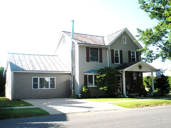 343 S 2nd St, Hughesville, PA 17737