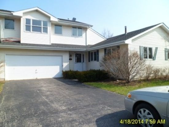 538 Norman Dr, Cary, IL 60013
