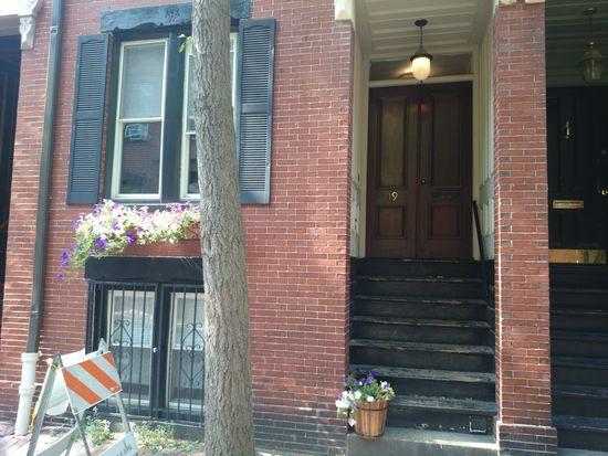 19 Gray St UNIT 1, Boston, MA 02116