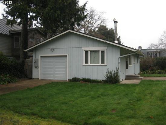 8240 S Victoria Ave, Rockaway Beach, OR 97136
