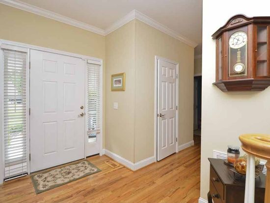 4905 Bay Harvest Ct, Clemmons, NC 27012