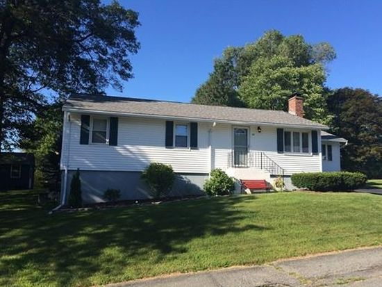 97 Applewood Dr, Marlborough, MA 01752