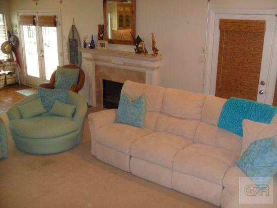 16616 Sandpiper Rd, Galveston, TX 77554