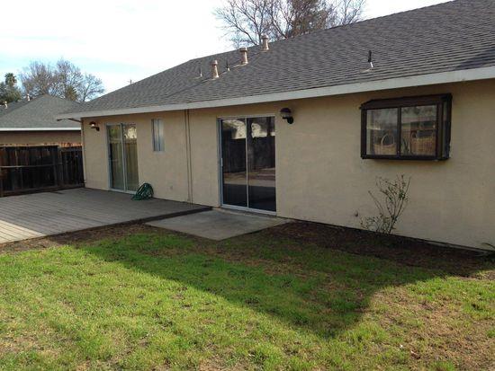 421 Lewis St, Gilroy, CA 95020