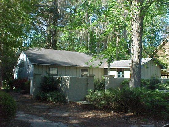 217 Pine St, St Simons Island, GA 31522