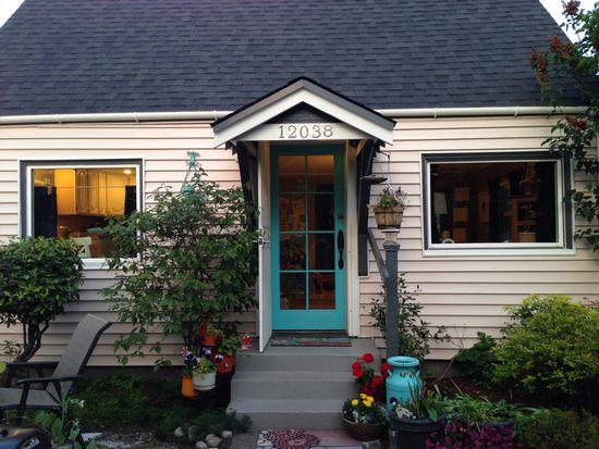 12038 Pinehurst Way NE, Seattle, WA 98125