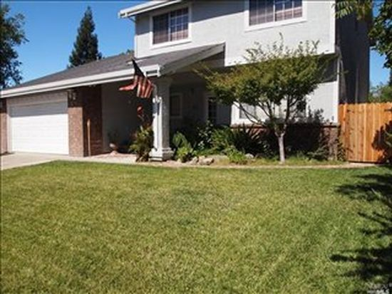 596 Shannon Dr, Vacaville, CA 95688