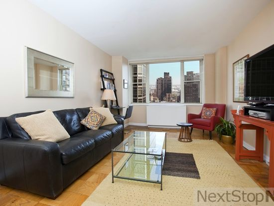 245 E 54th St APT 30K, New York, NY 10022