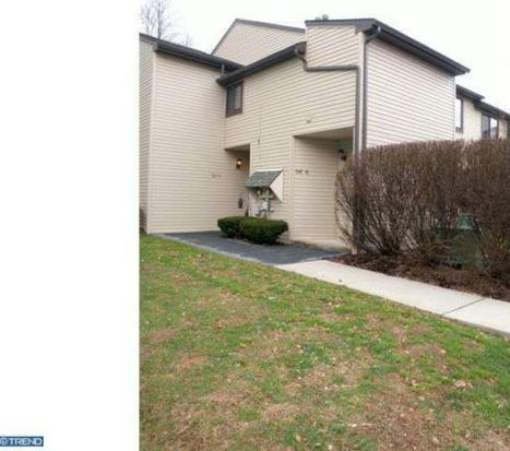 56-8 Holly Dr, Reading, PA 19606