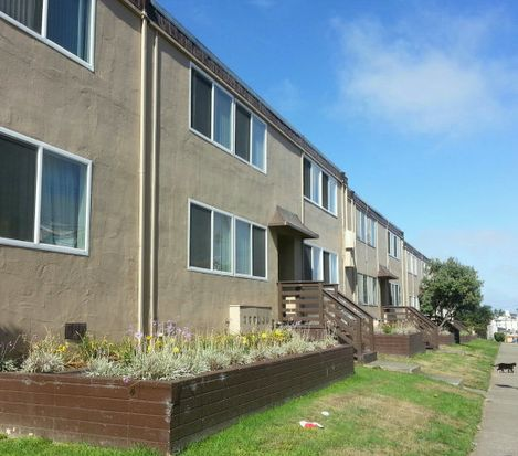 580 Sylvan St APT 13, Daly City, CA 94014