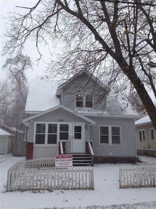1108 Dickinson St SE, Grand Rapids, MI 49507