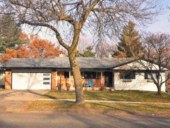 2205 Upper Afton Rd E, Saint Paul, MN 55119