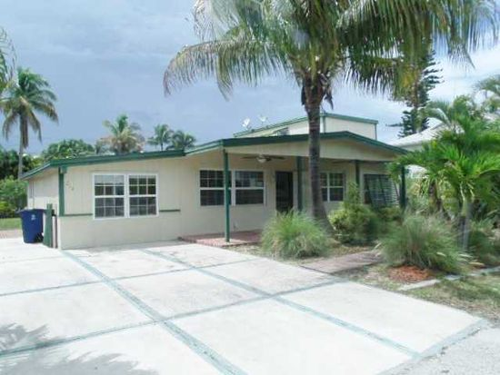 213 Hibiscus Dr, Fort Myers Beach, FL 33931