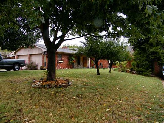 5613 NW 60th St, Warr Acres, OK 73122