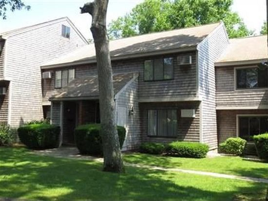 12 Town House Ter UNIT 12, Hyannis, MA 02601