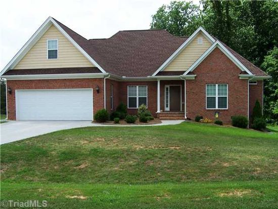 184 Brookfield Dr, Stokesdale, NC 27357