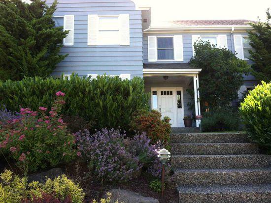 3872 43rd Ave NE, Seattle, WA 98105