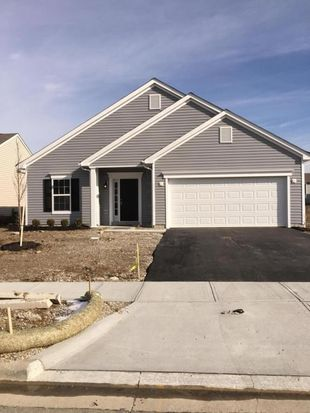 5382 Timber Grove Dr, Canal Winchester, OH 43110