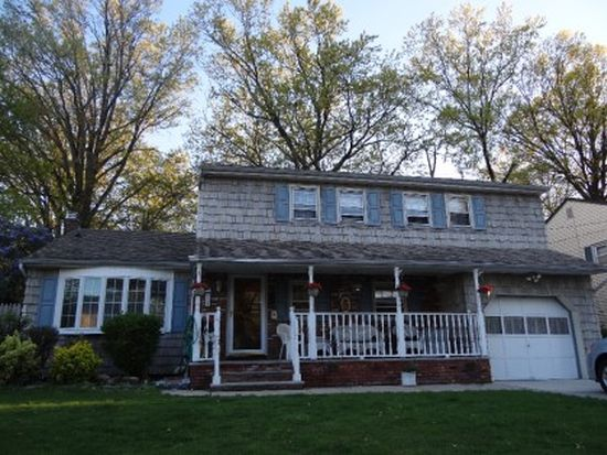 25 Christopher Ln, Colonia, NJ 07067