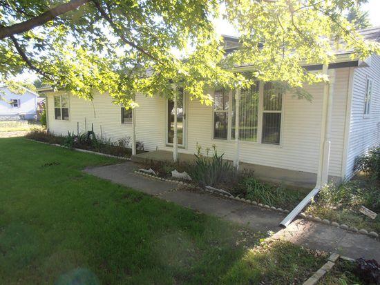 130 N 5th Ave, Coal City, IL 60416